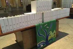 La TOB 2010 en braille en dédicace à la cathédrale de Lausanne