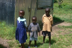 Faire découvrir la Bible à une nouvelle génération de Kenyans