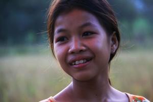 Au Laos, les livres bibliques pour enfants sont aussi une bénédiction pour les adultes !