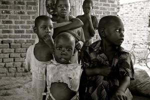 En Ouganda, les besoins en matière de guérison des traumatismes sont considérables dans les camps de réfugiés