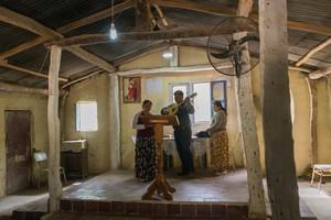 Un Argentin découvre la joie de lire les Ecritures dans sa langue maternelle le chorote
